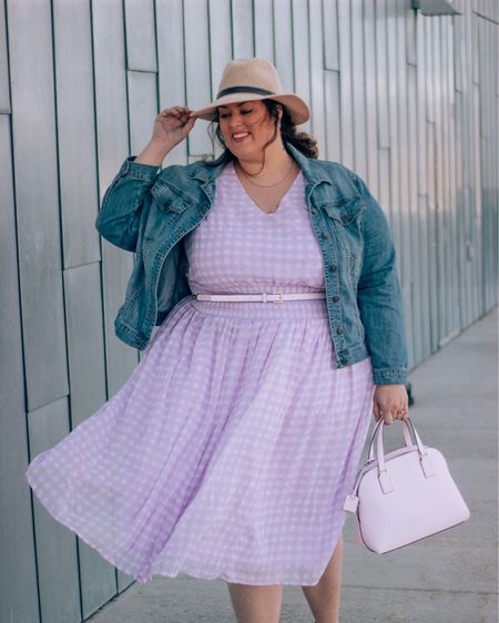 """""""Some girls a pretty little long stemmed roses in a row. I'm a blanket of yellow dandelions on the side of the road. Baby I'm a wild flower!"""" -karli Ryan http://liketk.it/2AzIm #LTKbeauty #LTKcurves #liketkit @liketoknow.it #imwithjessica"""