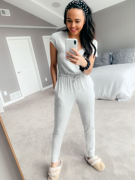 My WFH uniform is 👌🏽! Very cozy but still appropriate to take a walk outside, greet mailmen or jump on a conference call quick! I love seeing all the working from home tips on the gram! The one I focused on this morning is *getting up & getting ready*. I've been loving the no make up days but today I put on my makeup (tried to film in stories 😂) to put me in the right mindset for a productive day! What's a WFH tip that's been working for you? Linking my cozy lounge jumpsuit & my everyday makeup products in the @liketoknow.it shopping app! http://liketk.it/2LLFt #liketkit