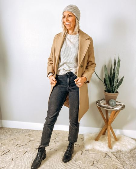http://liketk.it/2ZN0k #LTKstyletip #LTKshoecrush #LTKworkwear #liketkit @liketoknow.it   Everlane Mini cozy fall capsule...  Chic + warm is the best combo for Midwest fall/winter. Bonus, these utility boots are water resistant + comfortable to walk in all day.