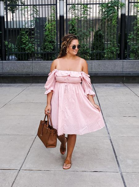 cottage core dress vibes in the big city ✨ under $30, this dress is feminine, flowy, and fits tts / wearing medium   http://liketk.it/3kWzC    @liketoknow.it #liketkit