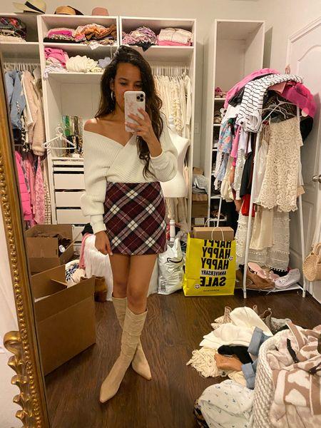 Plaid skirt, fall outfit   #LTKunder50 #LTKsalealert #LTKunder100