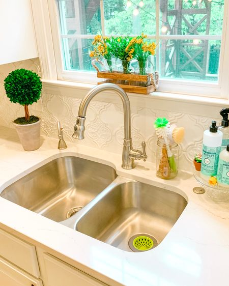 Have the cleanest sink in town 💦  🙌🏼✨💪🏼 http://liketk.it/2Cm6Z #liketkit @liketoknow.it @liketoknow.it.home #LTKhome