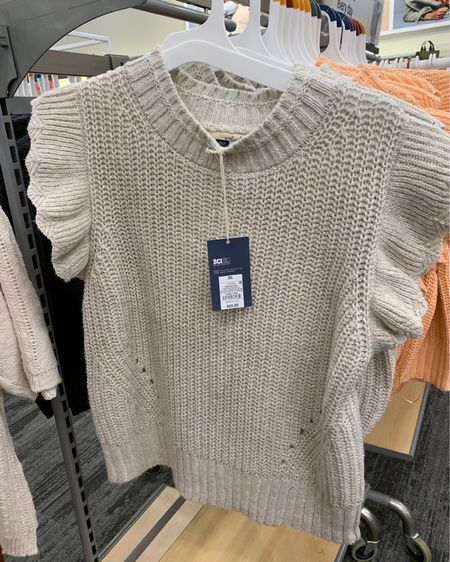 These $20 sweater tanks at Target are so popular right now! Which is your fav color? Love the look even if I'm not sure when I'd wear a sweater without sleeves 🤣🧐 They fit true to size and are a bit cropped so best with a high waist bottom. Download the LIKEtoKNOW.it shopping app to shop this pic via screenshot or swipe up in stories! http://liketk.it/3l5Mj #liketkit @liketoknow.it #LTKunder50 #target #targetdoesitagain #targetstyle #targetfashion #targetfinds