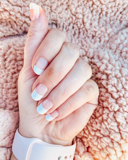 Kind of loving the return of French manicures. I could never get that perfect line back in the day, so I tried this nail kit on Amazon and I have to say, it's pretty fabulous. Stick on, trim and file. Took me 5 minutes tops. Easy and lasts!   #amazonprime #amazonfind #frenchmani   http://liketk.it/365oT #liketkit @liketoknow.it #LTKbeauty #LTKstyletip #LTKSeasonal
