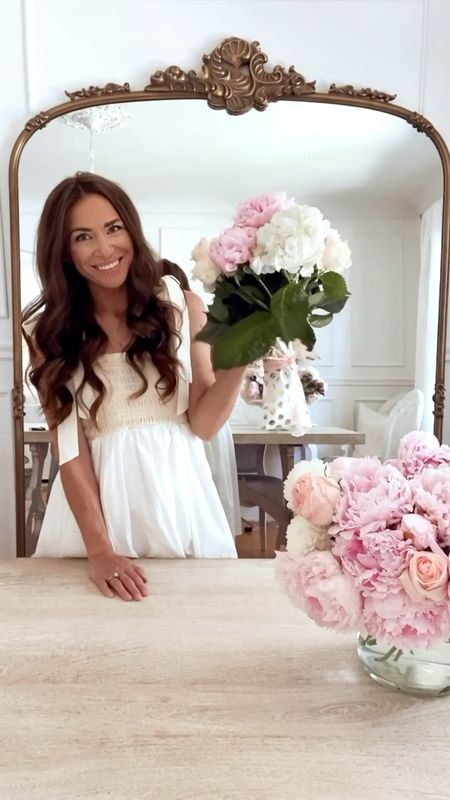 Happy #floralfriday! Today, I'm sharing part 2 of pretty DIY bouquet wraps! This one is so easy and perfect for when you don't have much time! 🌸   #LTKhome #LTKunder50 #LTKunder100 http://liketk.it/3jV71 #liketkit @liketoknow.it