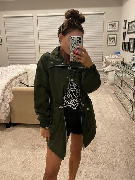Levi's cinched green army green jacket on sale Xs NSALE   #LTKsalealert #LTKunder100 #LTKunder50