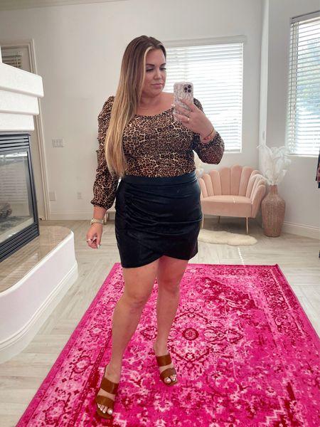 Amaryllis Warehouse Sale curvy look! wearing the size xl in leopard top and size 1x in mini leather skirt!   #LTKunder50 #LTKsalealert #LTKcurves