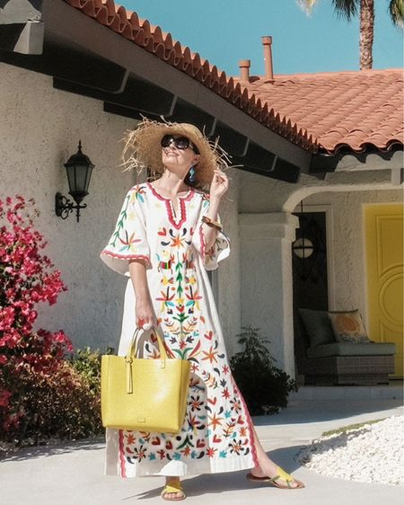 Sending sunshine wishes & caftan dreams from Palm Springs! I linked this caftan & 100 more favorites in my Ultimate Caftan Guide on KellyGolightly.com (link in my profile).   http://liketk.it/3hqGK #liketkit @liketoknow.it #LTKitbag #LTKshoecrush #LTKtravel