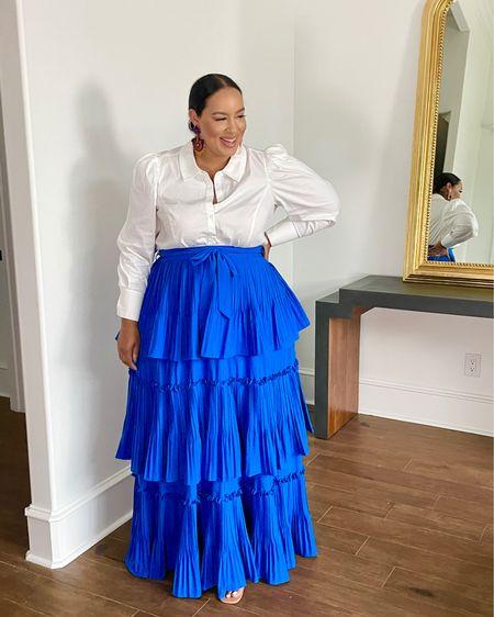 http://liketk.it/3fFNn #liketkit @liketoknow.it #LTKcurves wedding guest, skirt