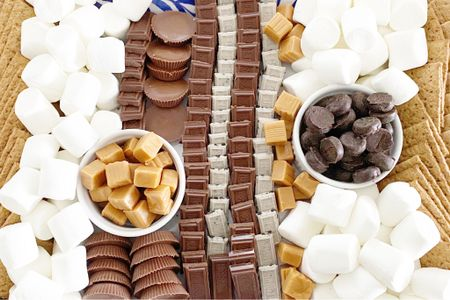 Looking for the perfect Fall weather dessert...it is right here 🤗🤗  The s'mores charcuterie board is perfect for kids of ALL ages 🙋🏼♀️🙋🏼♀️ I added the caramel squares, peanut butter cups and the peppermint pattie for selfish reasons only 😂😂 #LTKhome #LTKkids #StayHomeWithLTK  • • • Shop my daily looks by following me on the LIKEtoKNOW.it shopping app http://liketk.it/2XLYA #liketkit @liketoknow.it