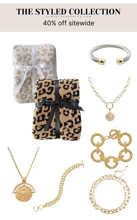 The Styled Collection 40% off sitewide http://liketk.it/3o01B @liketoknow.it #liketkit #LTKunder100 #LTKunder50 #LTKsalealert #LTKSale