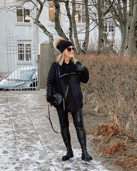 http://liketk.it/37uyd  Follow me on the LIKEtoKNOW.it shopping app to get the product details for this look and others.   #liketkit #LTKshoecrush   @liketoknow.it