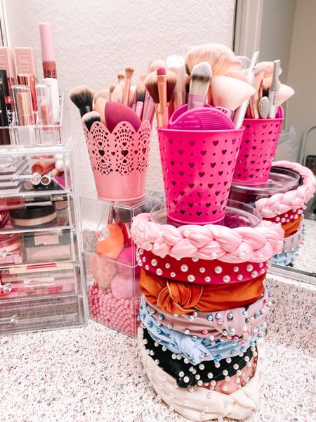 """The new vanity set up! ❤️💄 I'm so excited to share my new makeup vanity area in my bathroom. This has been a dream of mine and now it's a reality. 💫💭 I've always wanted to have that """"beauty guru"""" set up with the organized makeup in the acrylic drawers in my apartment but never got a chance until now. 💖 I'm so happy with it and love passing by it everyday. 🥰 If you want to see more details and me actually organizing everything then I wrote a blog post with all the links and a YouTube vlog of the whole process of how it got this way! 📷🎥💻 I've linked those in my bio! 👉🏻 How do you organize your makeup? 🤔 //   #LTKbeauty #LTKcurves"""