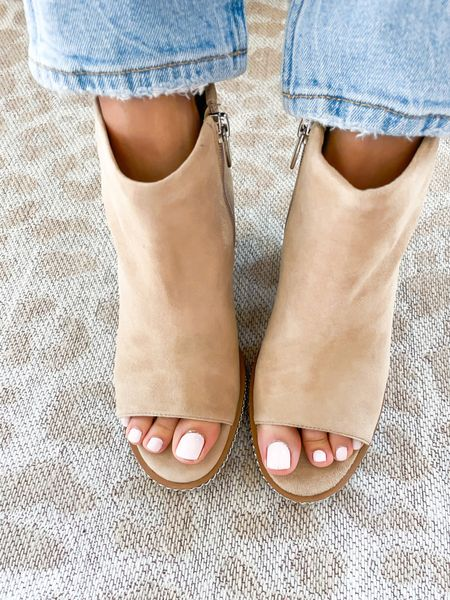 Peep toe booties size 7  #LTKshoecrush #LTKunder100