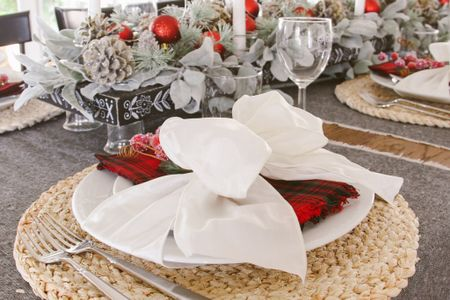 Ah, holiday tables! I love setting the table when it turns out to be such a beautiful Christmas tablescape!  #LTKhome #LTKfamily #LTKstyletip