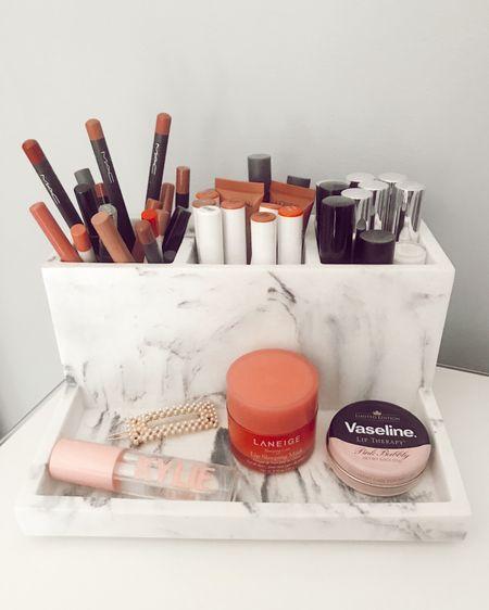 Makeup storage🤍🖤 http://liketk.it/2PX0N #liketkit @liketoknow.it #LTKbeauty