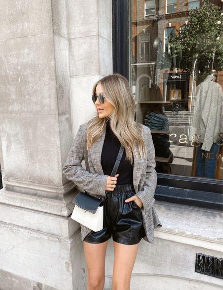Last few weeks of shorts weather 👀  Abercrombie leather shorts, H&M blazer