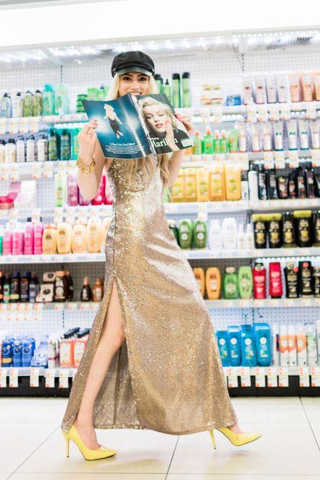CVS Photoshoot East Pinterest photoshoot ideas | NYC Fidi   #LTKunder100 #LTKworkwear #LTKtravel