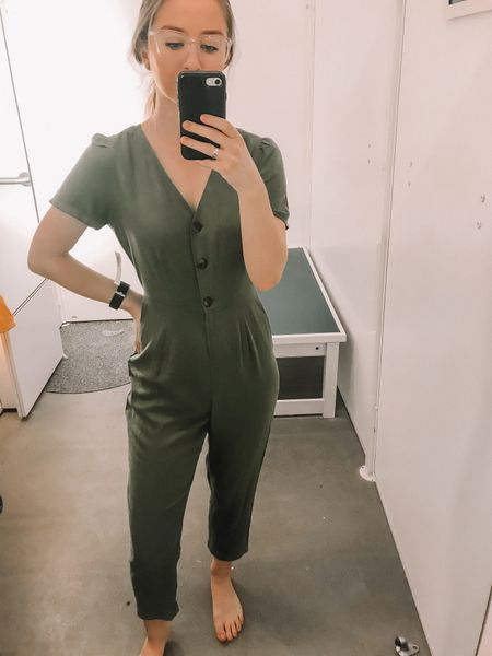 Love this Old Navy romper! If you have a longer torso, I would size up! Otherwise it fits TTS! Love the button detailing! Perfect for spring!   http://liketk.it/2AoNp #liketkit @liketoknow.it #LTKunder100 #LTKunder50 #LTKstyletip #LTKsalealert