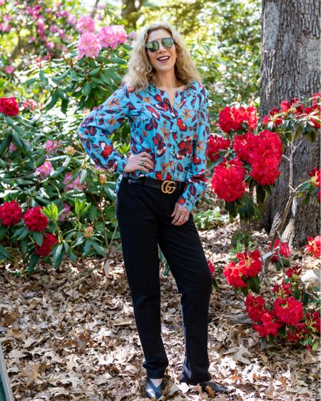 """I am more willing to take fashion risks when I know I will not waste my money. Case in point? This blue floral @derkelam blouse I """"borrowed"""" from @armoire.style. When I'm sick of it, I just send it back and get something else.   Shop the rest of my look here! http://liketk.it/3iaUI #liketkit @liketoknow.it #LTKstyletip #LTKunder100"""