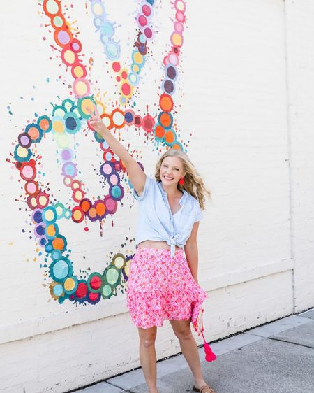 #LTKunder50 #LTKshoecrush #LTKstyletip Pink tiered skirt  Floral tiered skirt pink #floraltieredskirt Sam Edelman sandals Tory Burch dupes flower child http://liketk.it/3irlc #liketkit @liketoknow.it