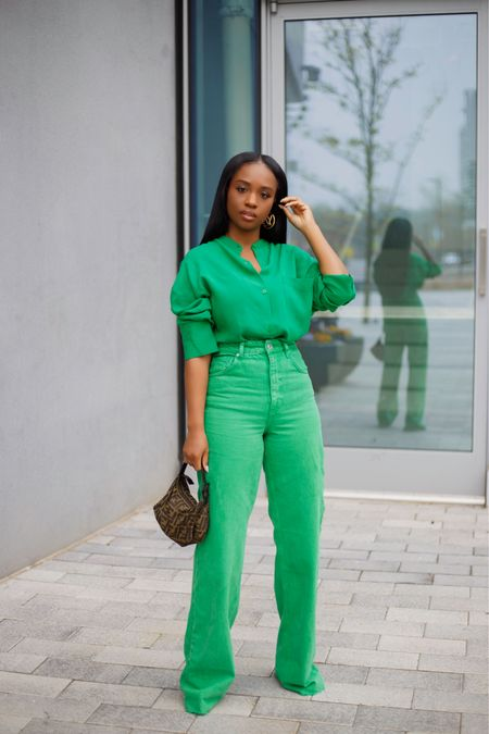 Spring Green 🌳 Outfit links on my blog. You can also shop alternative options to this look with the @liketoknow.it app . . #ootd  http://liketk.it/3cNsC #dmvblogger #blogger #LTKfit #LTKunder100 #liketkit #LTKstyletip