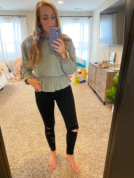 This top is soo comfy and would great for a date night or if you are looking for work wear!! 🙌    #LTKstyletip #LTKunder50 #LTKFall