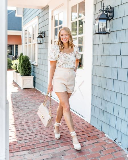 Feminine summer outfit! Floral linen top and ivory shorts    http://liketk.it/2TfK6 #liketkit @liketoknow.it #nordstrom #rStheCon    Lace up wedges // classic wedges // espadrille wedges // girly outfit // summer outfit // shorts
