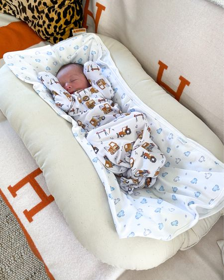 Snuggle Me Organic Baby Lounger is 20% off in Amazon Prime Day! Baby products, baby must have items, amazon prime, Amazon baby, prime day deals  http://liketk.it/3idGY @liketoknow.it #liketkit #LTKbaby #LTKsalealert #LTKunder100