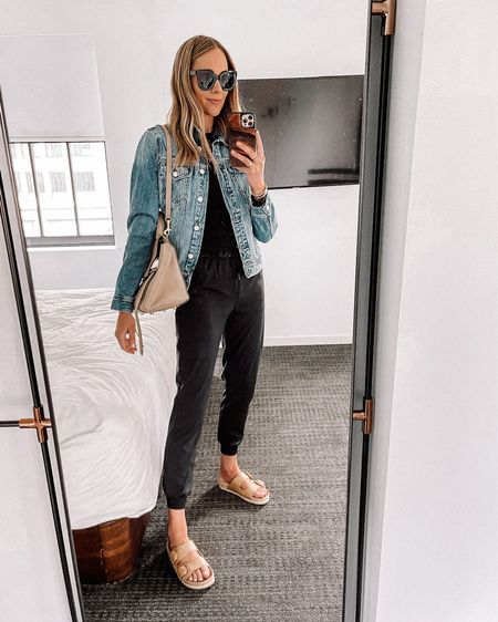 Perfect causal summer outfit in the most comfortable, lightweight joggers (tts / 4) #joggers #denimjacket #birkenstocks #snadals #lululemon #casualoutfit #fashionjackson http://liketk.it/3hobY #liketkit @liketoknow.it #LTKfit #LTKunder50 #LTKunder100