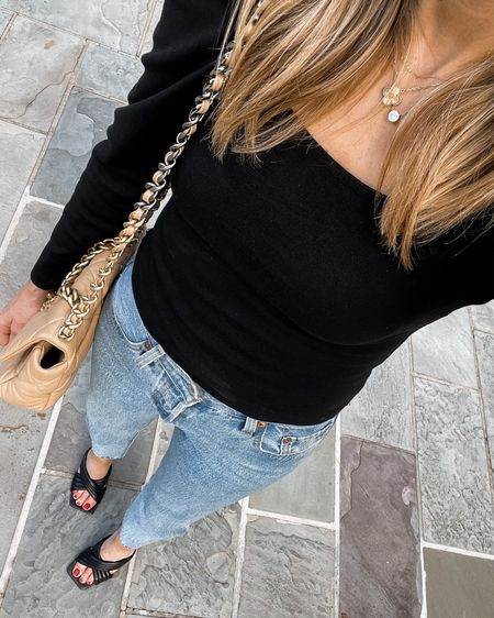 Love this black puff sleeve top for date night! #falloutfit #datenight   #LTKunder100 #LTKstyletip #LTKshoecrush