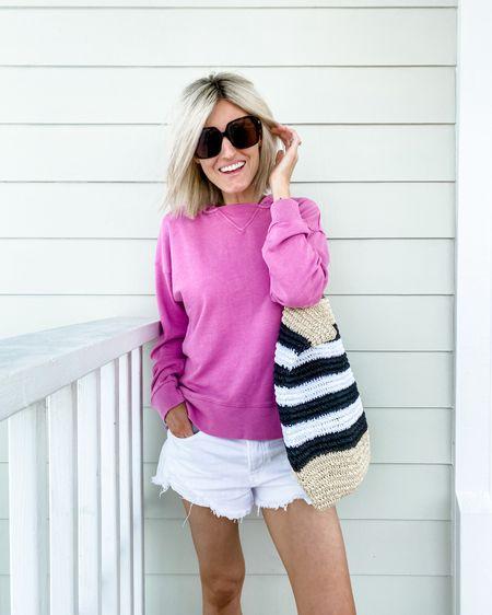 Pink sweatshirt and white shorts http://liketk.it/2Srmb #liketkit @liketoknow.it
