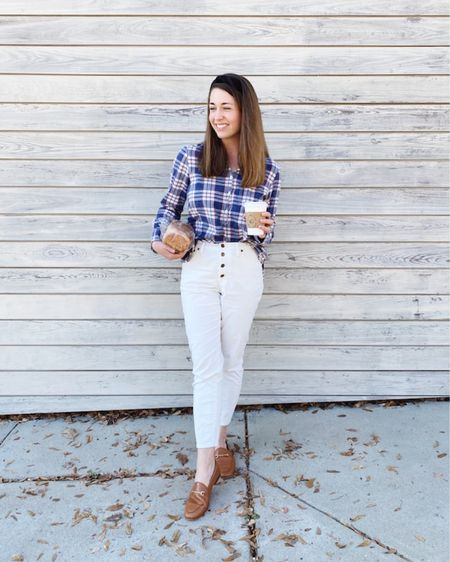 How to wear white pants in fall http://liketk.it/33Xh4 #liketkit @liketoknow.it #LTKstyletip #LTKshoecrush #LTKunder100