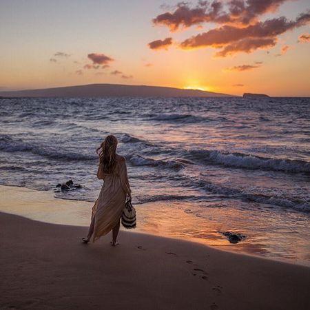 Favorite time of day with @tberolz #sunset @liketoknow.it www.liketk.it/23bh9 #liketkit #willjourney #gmgtravels #maui #christmasinmaui #hawaii