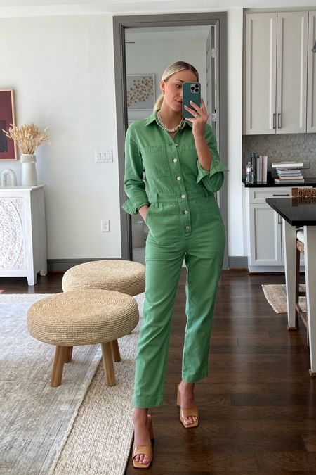 Jumpsuit is almost sold out but I found others that are similar :)