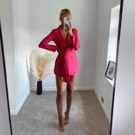 Such a beaut pink blazer 💓  #LTKeurope #LTKunder100 #LTKstyletip