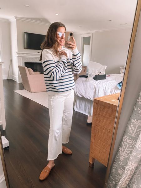Fall weekend vibes 🙌🏻 #stripes #fallsweater #whitejeans #loafers