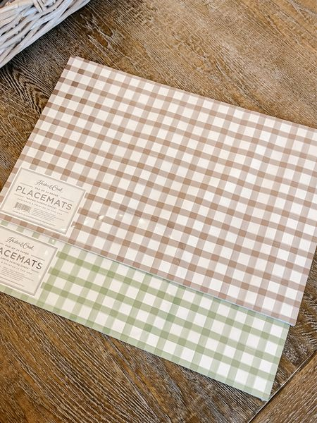 Gingham paper placemats.   #LTKhome