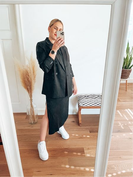 Can't go wrong with a black outfit, white sneakers and a red lip     #LTKunder50 #LTKstyletip #LTKshoecrush