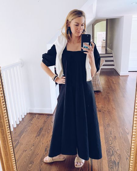 I've noticed a recent trend in the stores (or one particular clothing item I'm seeing everywhere. Does that make it a trend?), and it's one that I'm all here for!!! The black cotton dress! I'm here for it because it's one of those items that is perfect for so many occasions! You can wear it to work (especially since work attire is so much more casual after covid), to run errands, to church, and it can also take you from a luncheon to the ball field, too! It works for practically everything- even travel!!! I bought one (pic above) at my friend Selina's boutique, @frockshoptx here in Houston, and I'm loving it! I've already gotten a ton of wear out of it!  I shared a few others I tried on and loved on (with sizing info) cstyleblog.com. (Oh, and all of them can be worn with a normal bra. Yes, please!)   Dress found @frockshoptx Bracelets @espacio_popupshop Earrings @shopsissylight  http://liketk.it/3dqoT #liketkit @liketoknow.it