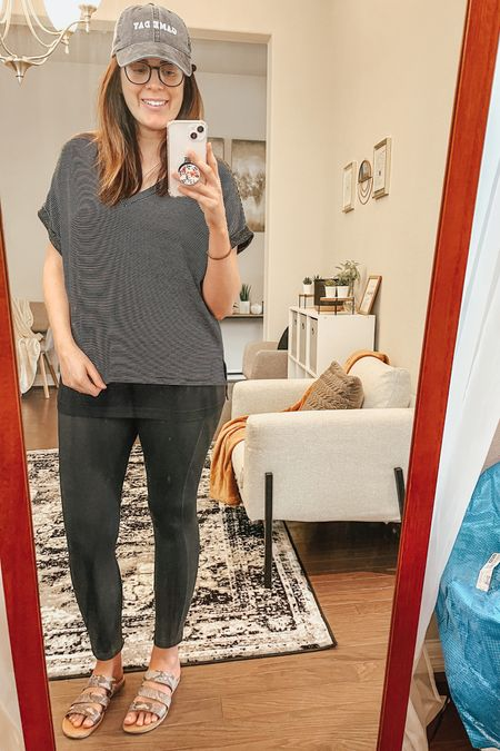 Perfect leggings for PP mamas! I got a size L.