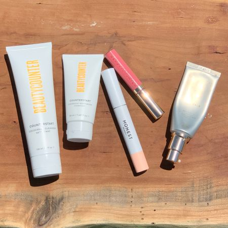 Not sure where to start with Beautycounter? Here is a great combo to try!   June 10 - 11 get free shipping on orders of $50+  Choose consultant Darby Warren during checkout   Cleanser : Moisturizer : Lip Gloss : Tinted Moisturizer : Mascara : Skincare : Skincare Routine : Makeup : Beauty    #LTKbeauty #LTKunder50 #LTKsalealert #liketkit @liketoknow.it http://liketk.it/3hdSo