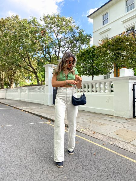 I love these 90s Dad jeans in ecru and think they'll transition really easily into autumn now the weather has got cooler. Pair with camel, brown or neutral knits and ankle boots   #LTKstyletip #LTKeurope #LTKunder50