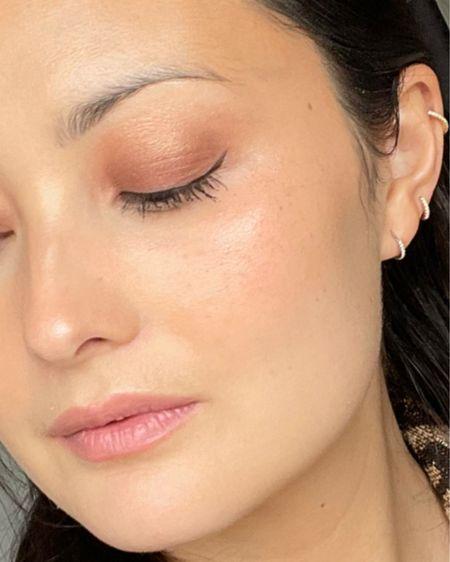 Bronze Smokey Eye GRWM #liketkit #LTKbeauty @liketoknow.it http://liketk.it/3fLte