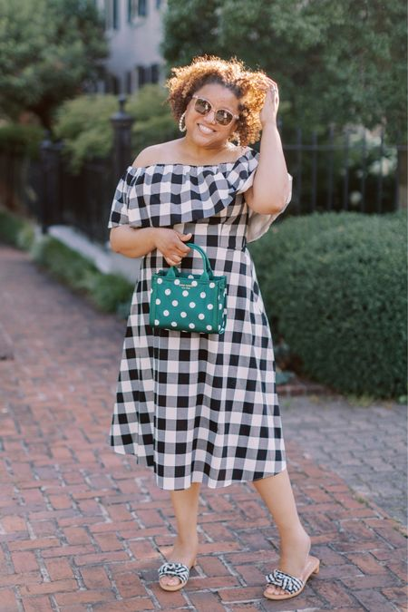 Gingham and polka dots on a Friday!!! 💚💚💚. This dress fits TTS to slightly small on the midsection. This beauty is perfect for summer!!!  http://liketk.it/3hScD #liketkit @liketoknow.it You can instantly shop my looks by following me on the LIKEtoKNOW.it shopping app