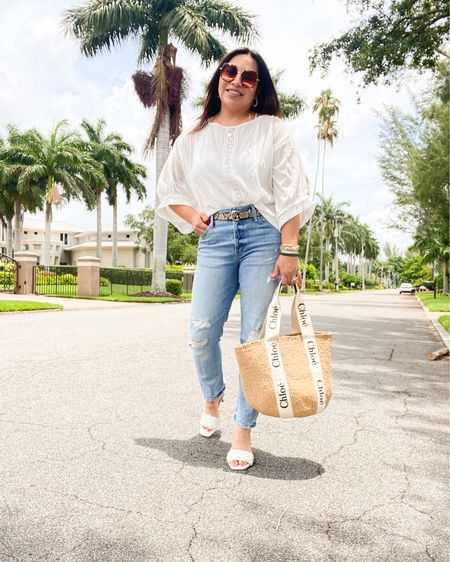 A white top with distressed jeans just feels good!! http://liketk.it/3hGov #liketkit @liketoknow.it