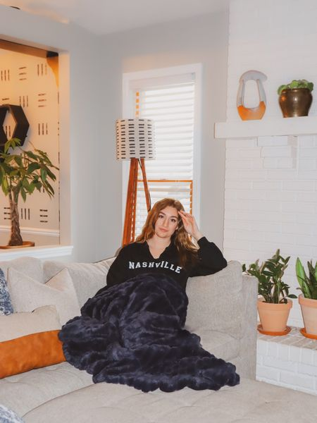 Just a few more days until I'm home in Nashville! Until then, you can find me in this comfy crop hoodie. #StayHomeWithLTK #LTKhome #LTKunder50 #liketkit @liketoknow.it http://liketk.it/3ay5P
