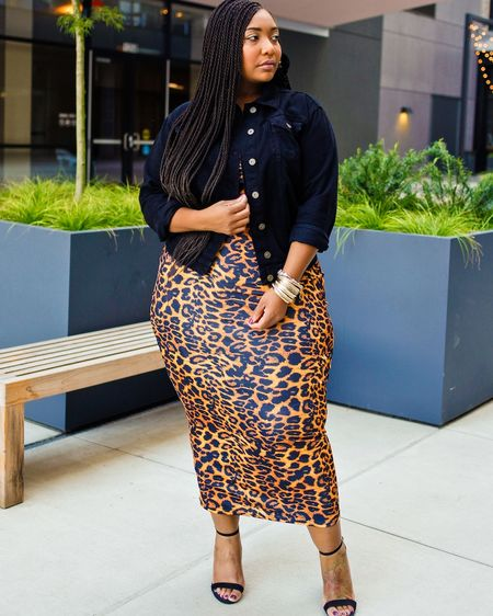 """I had to flashback to this amazing dress while planning my outfit for tomorrow. I'm still unsure but I'm positive animal print will be involved! http://liketk.it/2Gbyo @liketoknow.it #liketkit  * * Blog Post """"A Walk on the Wild Side: Leopard"""" at www.curvaceouslybee.com 👉🏽http://bit.ly/326TgoY👈🏽 * * #lovelywholesale #blackgirlblogger #melaninqueen #pearshape #blackandbeautiful #plussizeblogger #plussizefashion #celebratemysize #outfitgoals #goldenconfidence #memphisblogger #CurvaceouslyBee #memphisfashionblogger #theiconicgirls #plusmodelmag #tennesseeblogger"""