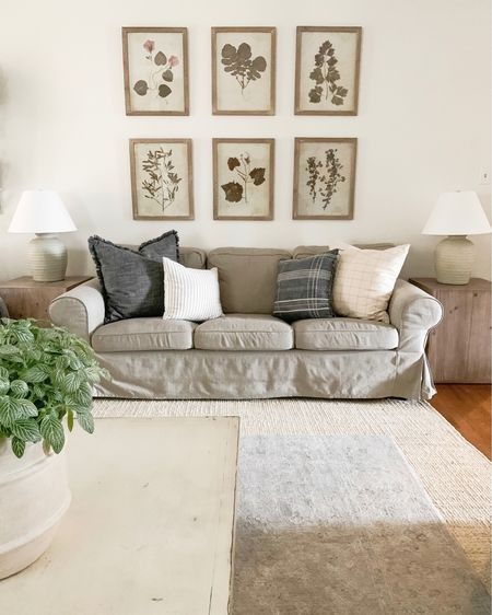 Floral prints behind sofa! @liketoknow.it #liketkit http://liketk.it/35Pp4