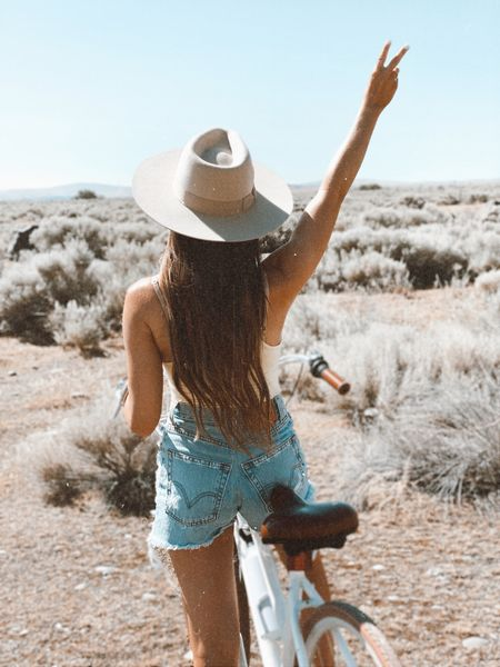 Adding a bike with a cute little basket on the front to my summer wishlist 🤍 wearing @shop12thtribe code JUSTKELSCOSUMMERBABE gets you $$ off #tribebabe #12thtribevibes #shop12thtribe